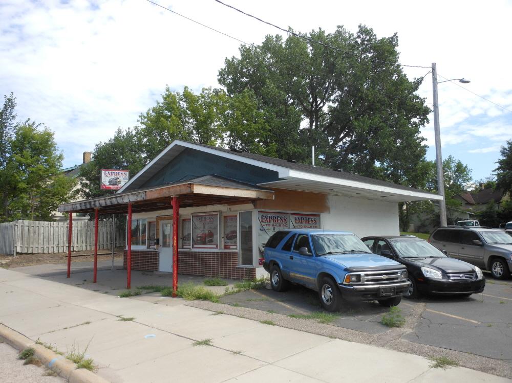 610 Litchfield Ave SE, Willmar, MN, 56201 United States
