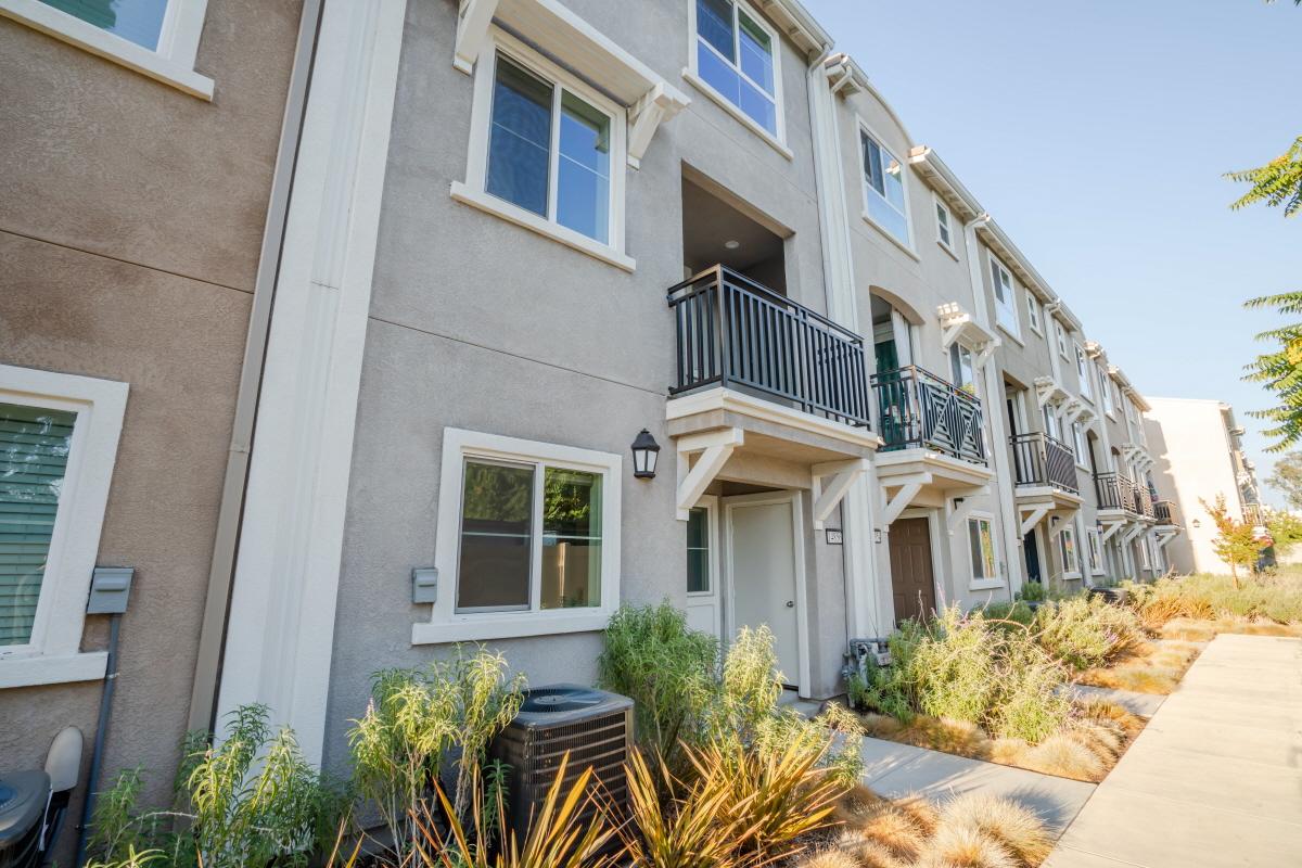 14856 Maple Terrace, Panorama City, CA, 91402 United States