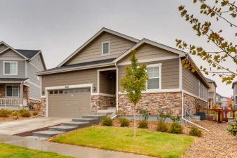 26327 E Hinsdale Place, Aurora, CO, 80016 United States