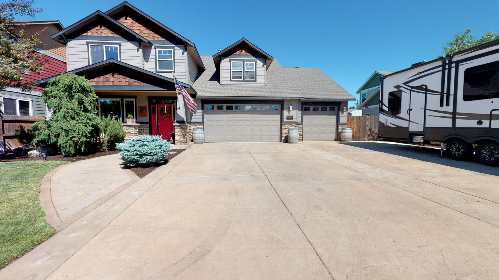 63220 Brightwater Drive, Bend, OR, 97701 United States