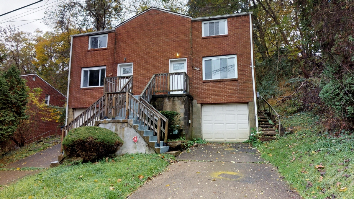 2022 Lindsay Rd, Pittsburgh, PA, 15221 United States
