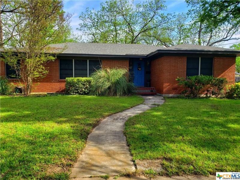 1209 E. Leon St., Gatesville, TX, 76528 United States
