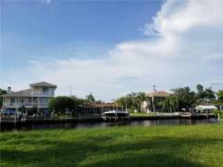 MANATEE LN, Tarpon Springs, FL, 34689 United States
