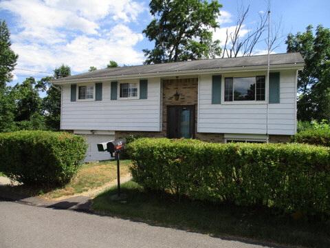 1638 Glenbrook Avenue, Moon Township, PA, 15108 United States