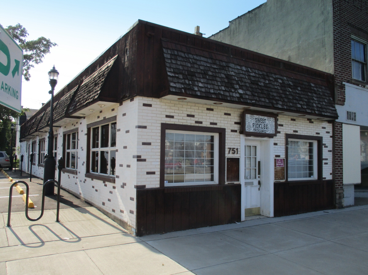 751 Merchant Street, Ambridge, PA, 15003 United States
