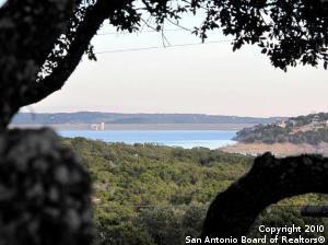 1544 Trailridge Dr, Canyon Lake, TX, 78133-4457