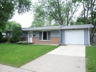 1523 Spruce St, Iowa City, IA, 52240 United States