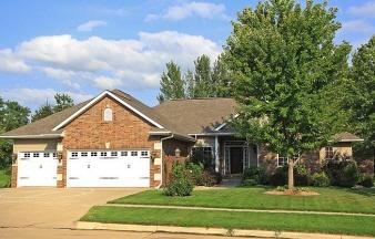 934 Barringtion Rd, Iowa City, IA, 52245 United States