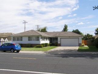 606 S Crescent Ave, Lodi, CA, 95240 United States