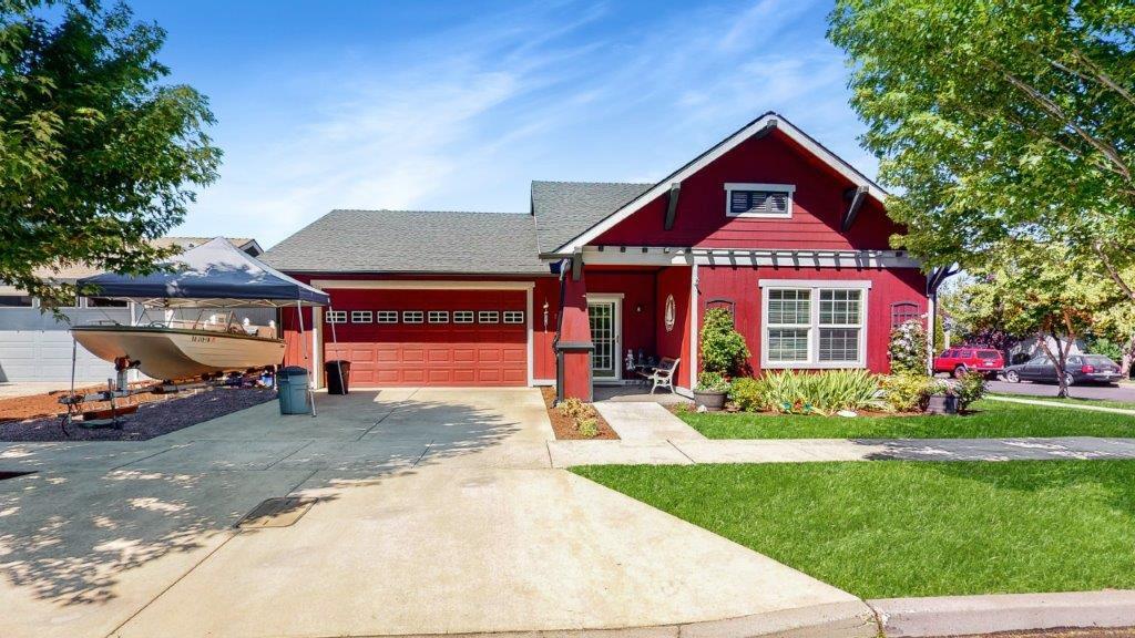 2109 NW Cedar Avenue, Redmond, OR, 97756 United States