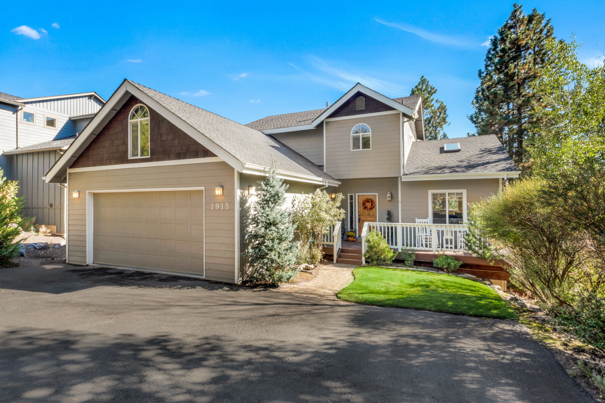 1915 SW Prestwick Place, Bend, OR, 97702 United States