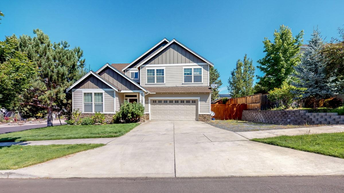 20700 Wandalea Drive, Bend, OR, 97701 United States
