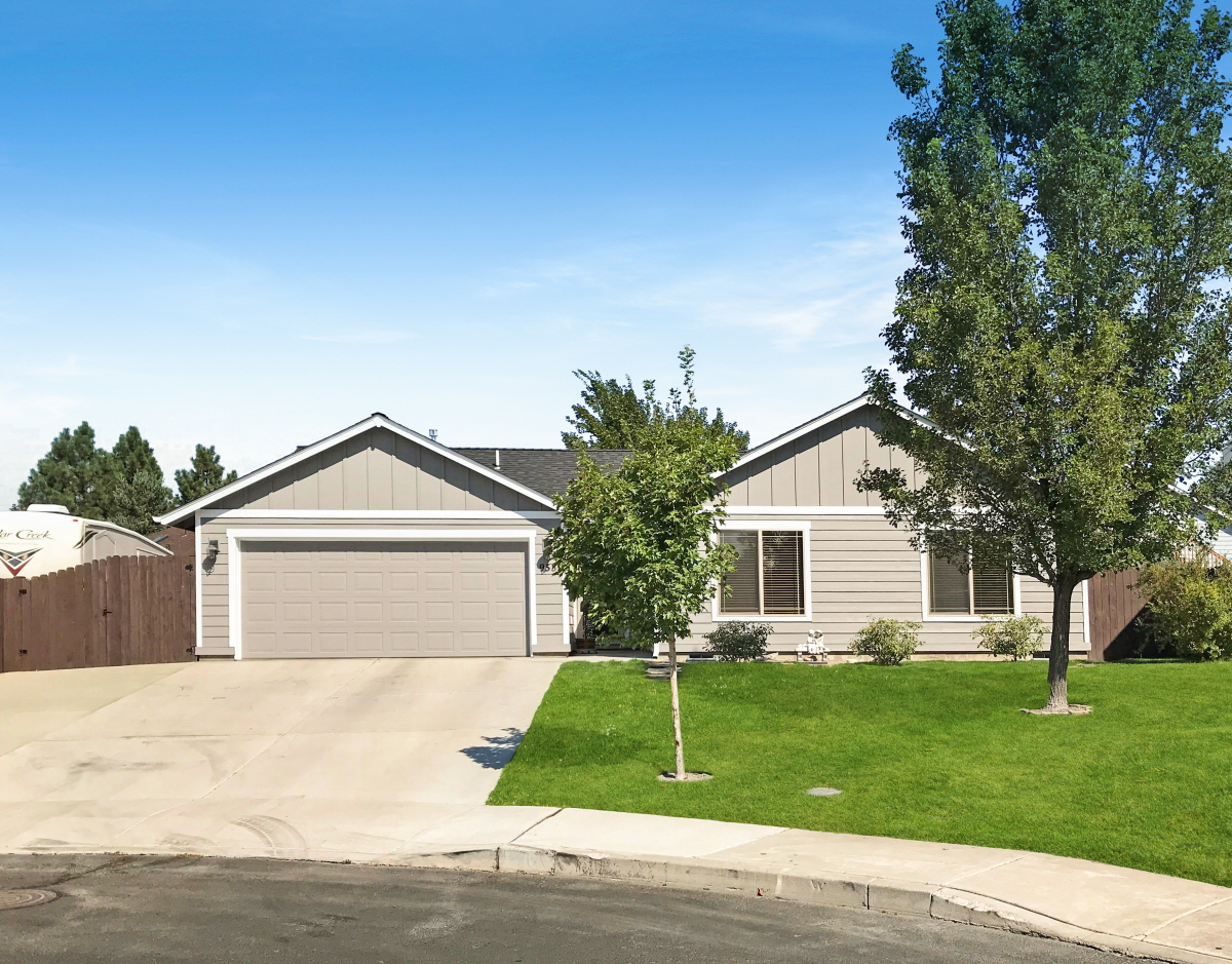 953 SW 24th Place, Redmond, OR, 97756 United States