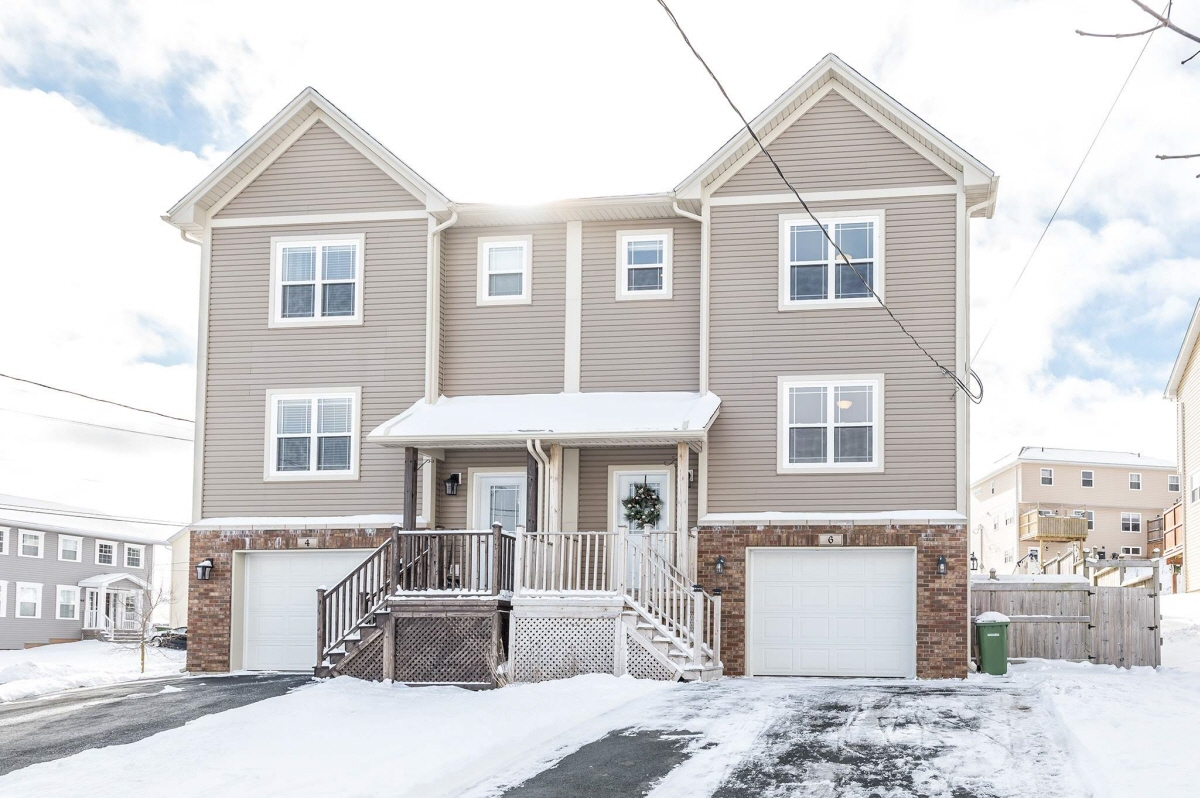6 Uprange Court, Middle Sackville, NS, B4C 2N4 Canada