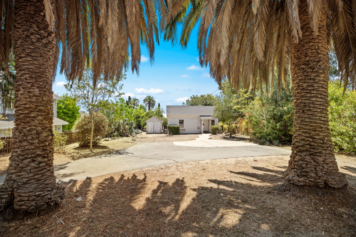 182 Highland Avenue, SIERRA MADRE, CA, 91024 United States