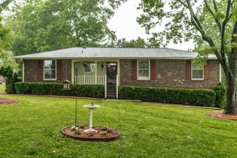 115 Donmond Dr, Hendersonville, TN, 37075 United States