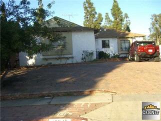 12645 Arminta Street, North Hollywood, CA, 91605 United States
