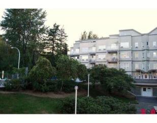 302 14355 103rd Ave, Surrey, BC, V3T 5V5