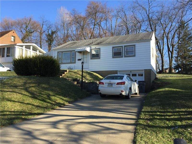 118 DeArment Parkway, Upper Saint Clair, PA, 15241 United States