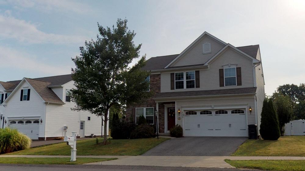 239 Foxwood, Coraopolis, PA, 15108 United States