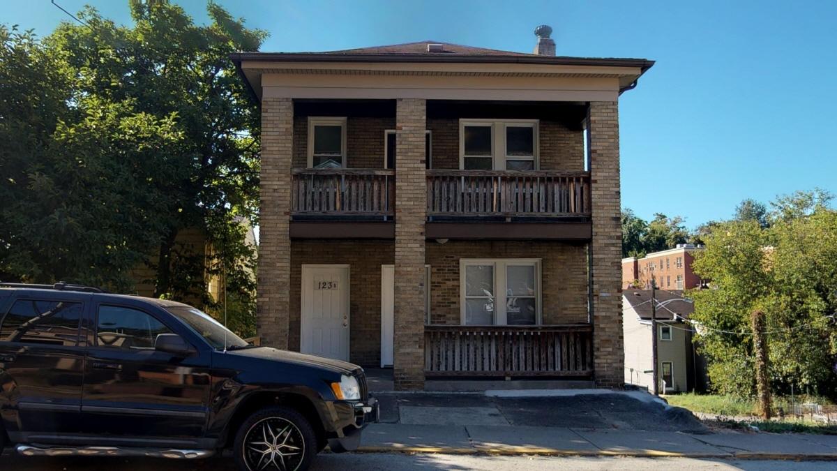 123 St. Joseph #2, Pittsburgh, PA, 15210 United States