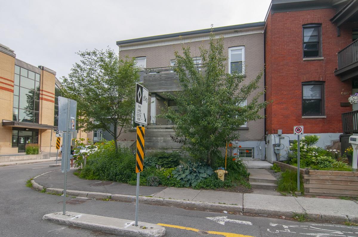 670 O'Connor Street, Ottawa, ON, K1S 3R8 Canada