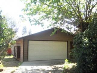 2106 N Ferger Ave, Fresno, CA, 93704 United States