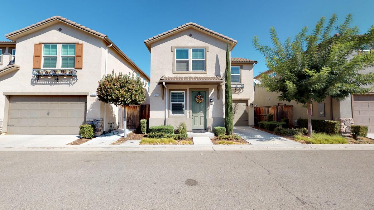 3639 Etchings Way, Clovis, CA, 93619 United States