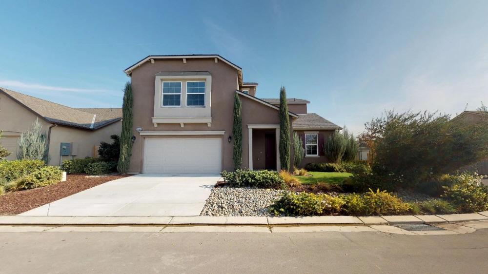 1446 Brightside St, Tulare, CA, 93274 United States