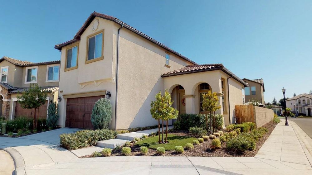 11664 N Bella Verde Ave, Fresno, CA, 93730 United States