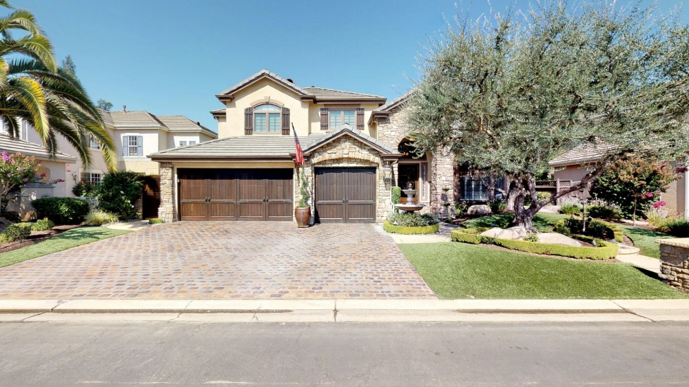 10259 N Sterling Lane, Fresno, CA, 93730 United States