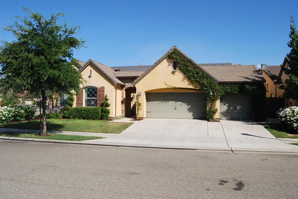4109 Trenton Ave, Clovis, CA, 93619 United States