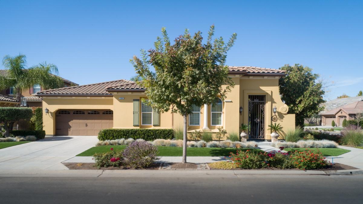 1984 N Pamela Ave, Clovis, CA, 93619 United States