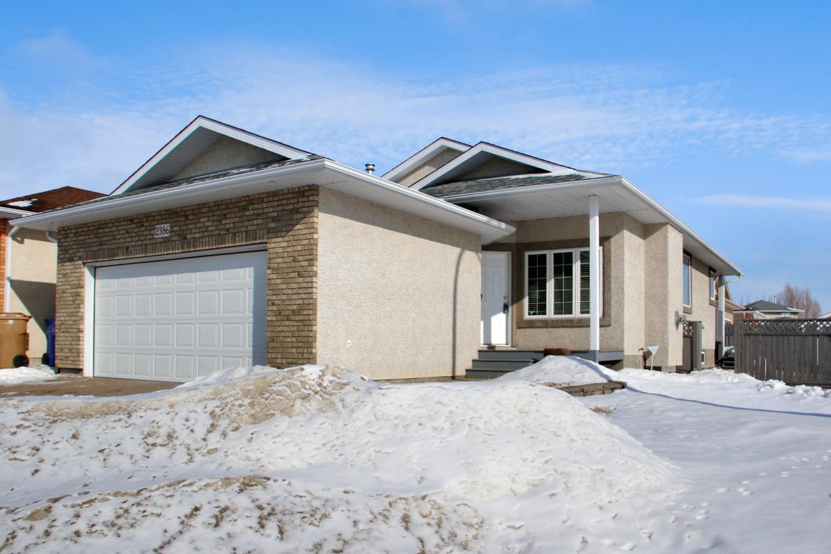 2386 McGregor PLACE, Regina, SK, S4V 2Y4 Canada
