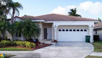7689 Highlands Cir, Margate, FL, 33063-8103