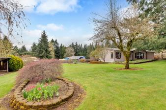 15255 S Burkstrom Rd., Oregon City, OR, 97045 United States